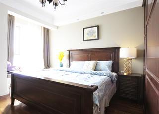 140平复古美式三居装修卧室背景墙图片