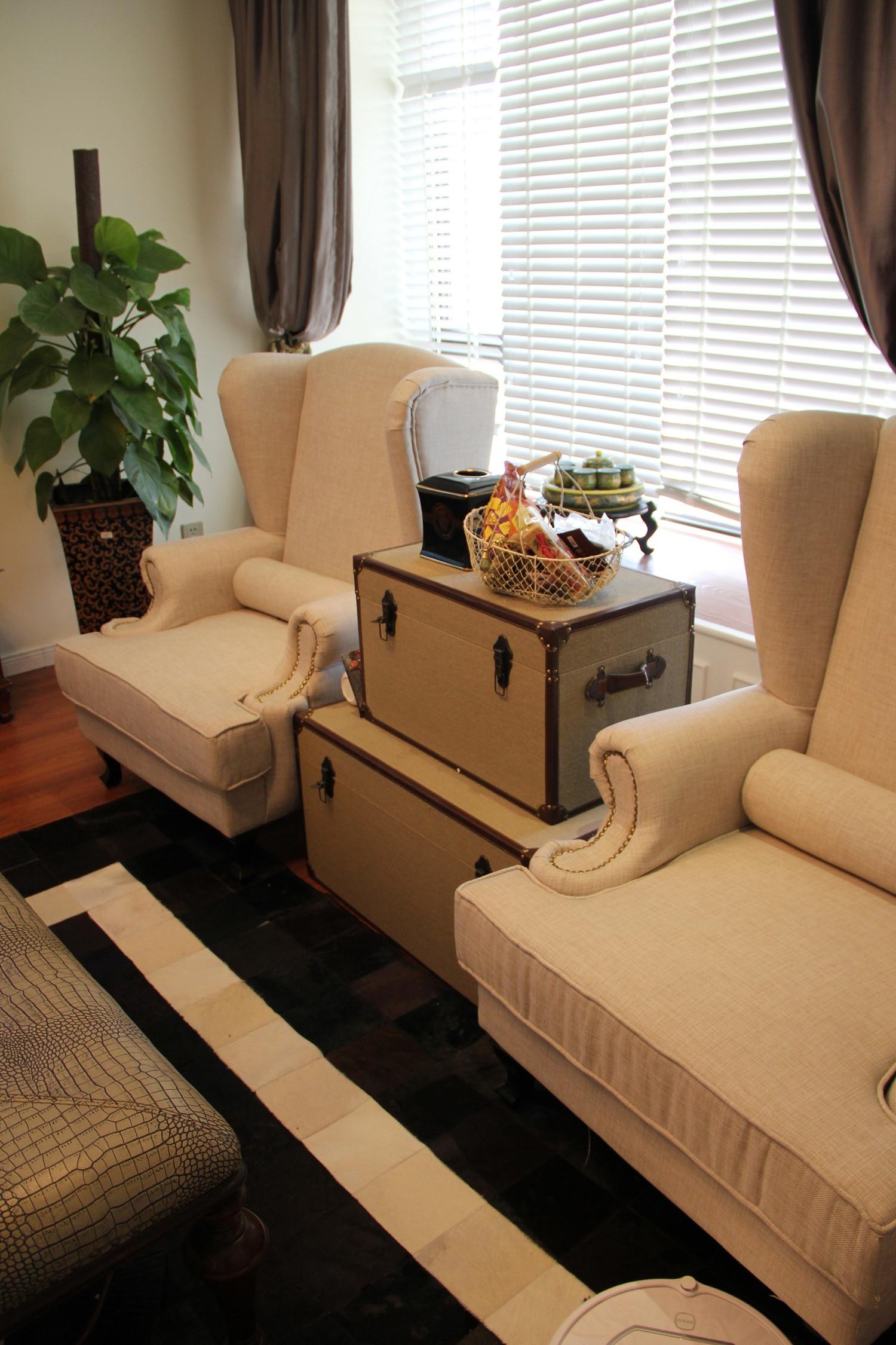 110平混搭风格三居装修沙发椅图片