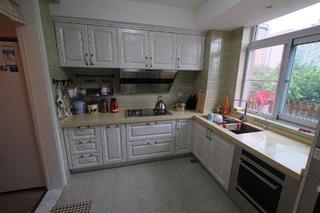 混搭风格三居室装修厨房布局图