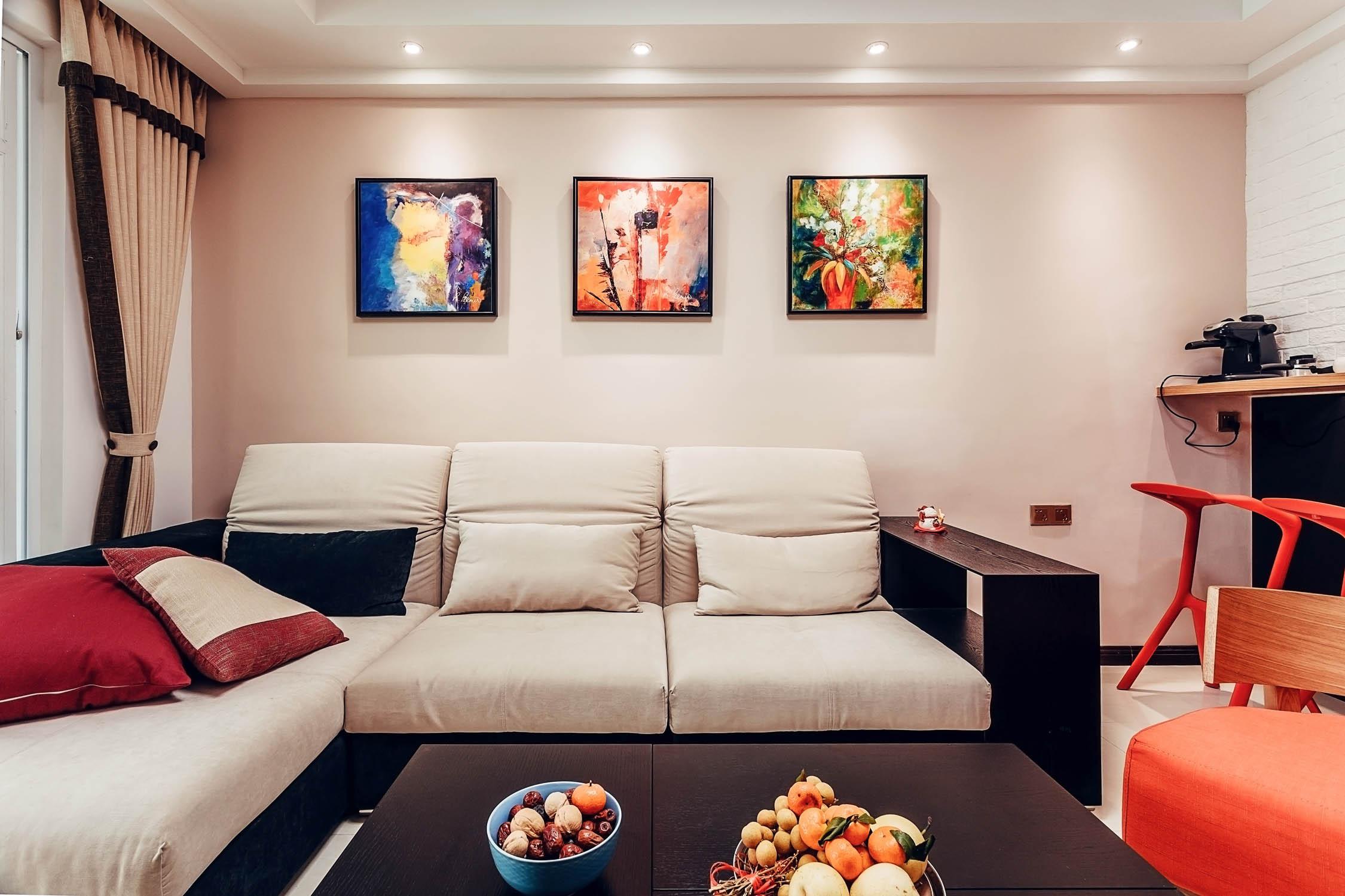 95平现代简约装修沙发图片