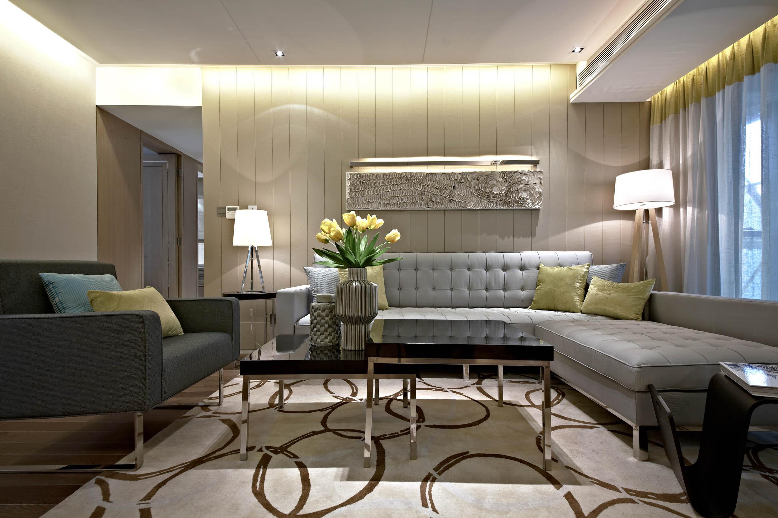 意式风格四居装修沙发背景墙图片