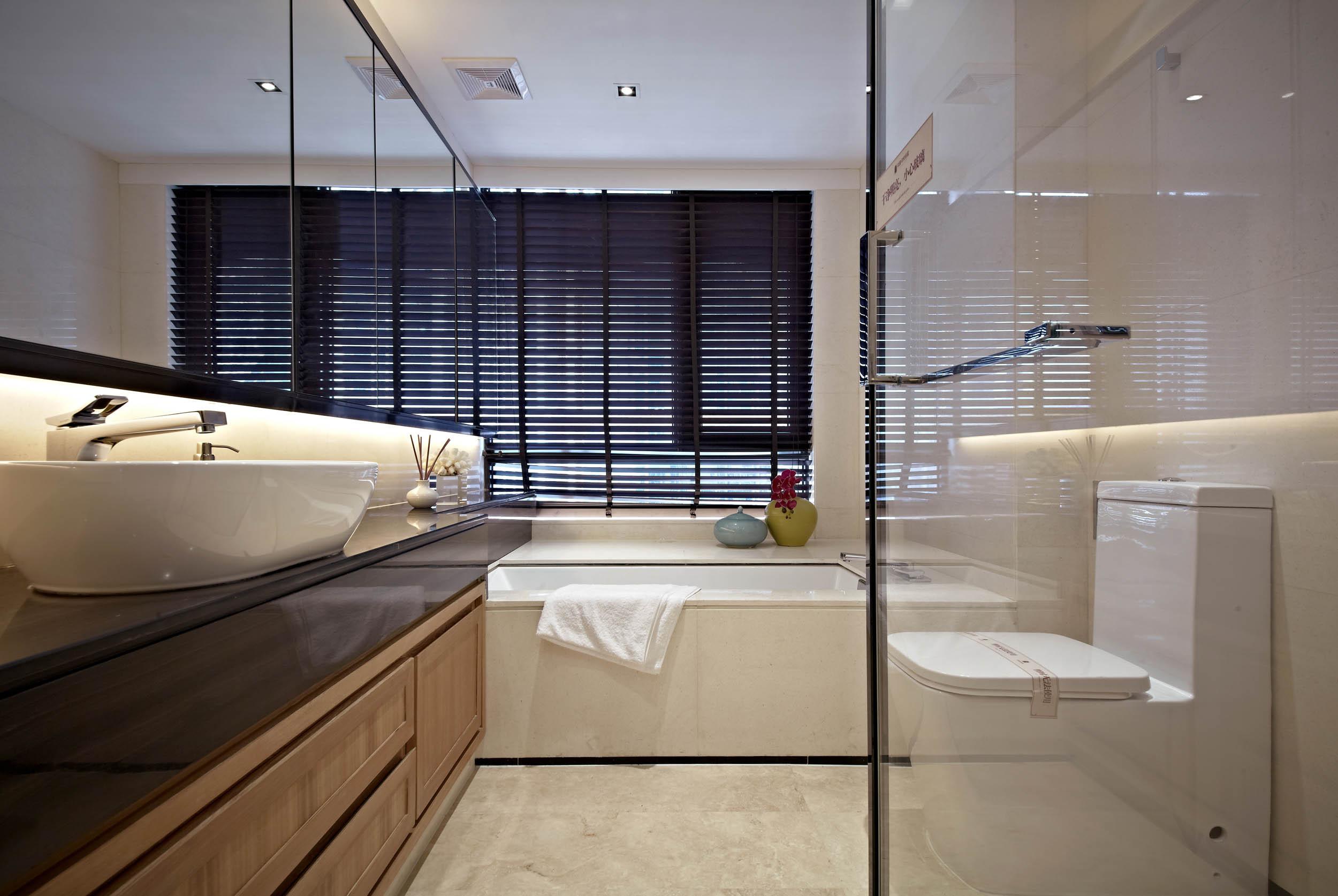 新中式四居装修卫生间效果图
