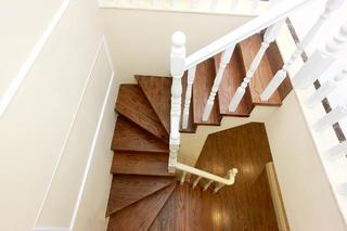 大户型法式风格装修楼梯设计