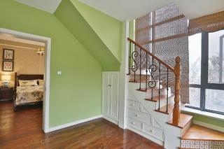 美式乡村风格家楼梯间设计