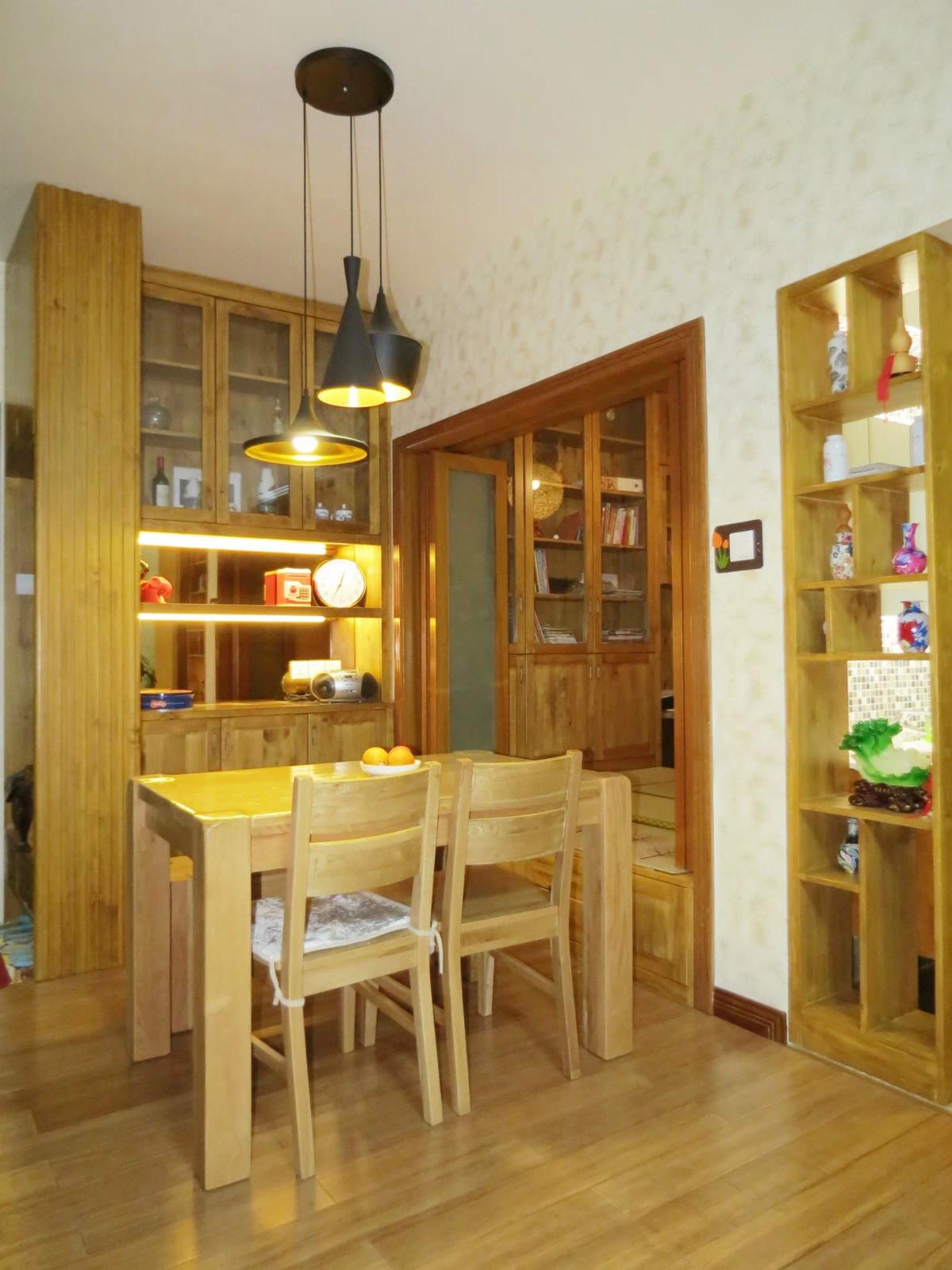 76平简约风格三居装修餐厅搭配图