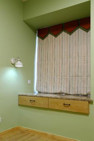 两居室简约之家飘窗图片