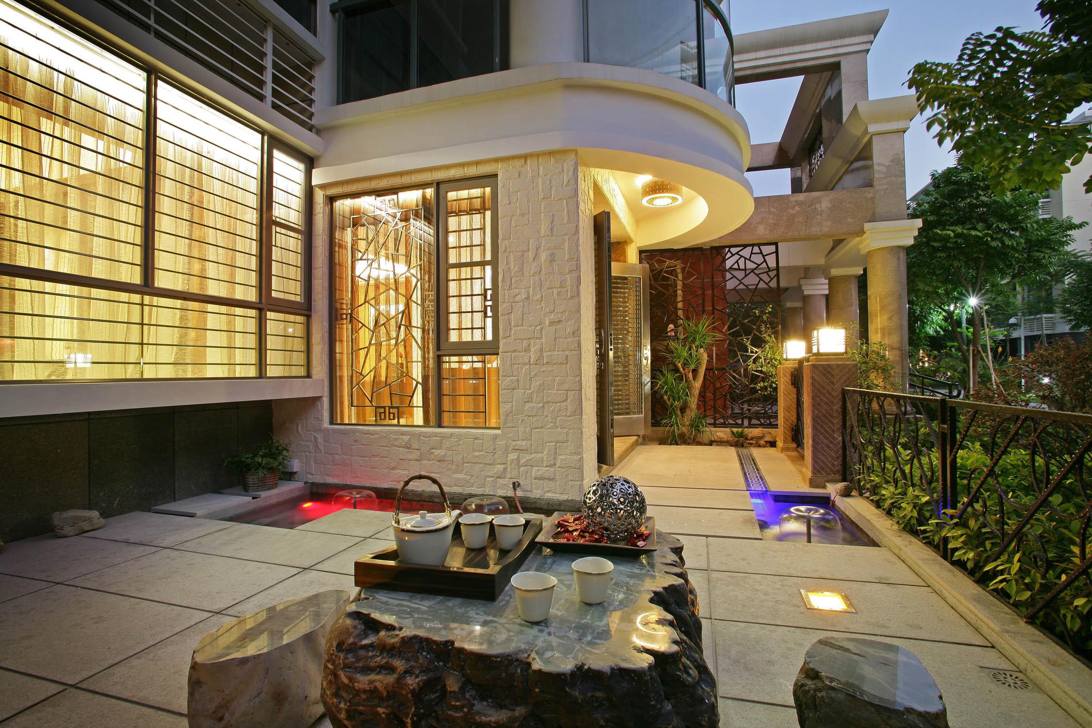 新中式别墅装修庭院外景