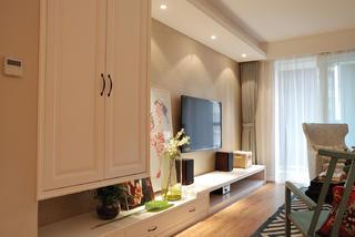 140平复式三居室装修电视背景墙图片