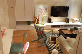 140平复式三居室装修电视柜图片