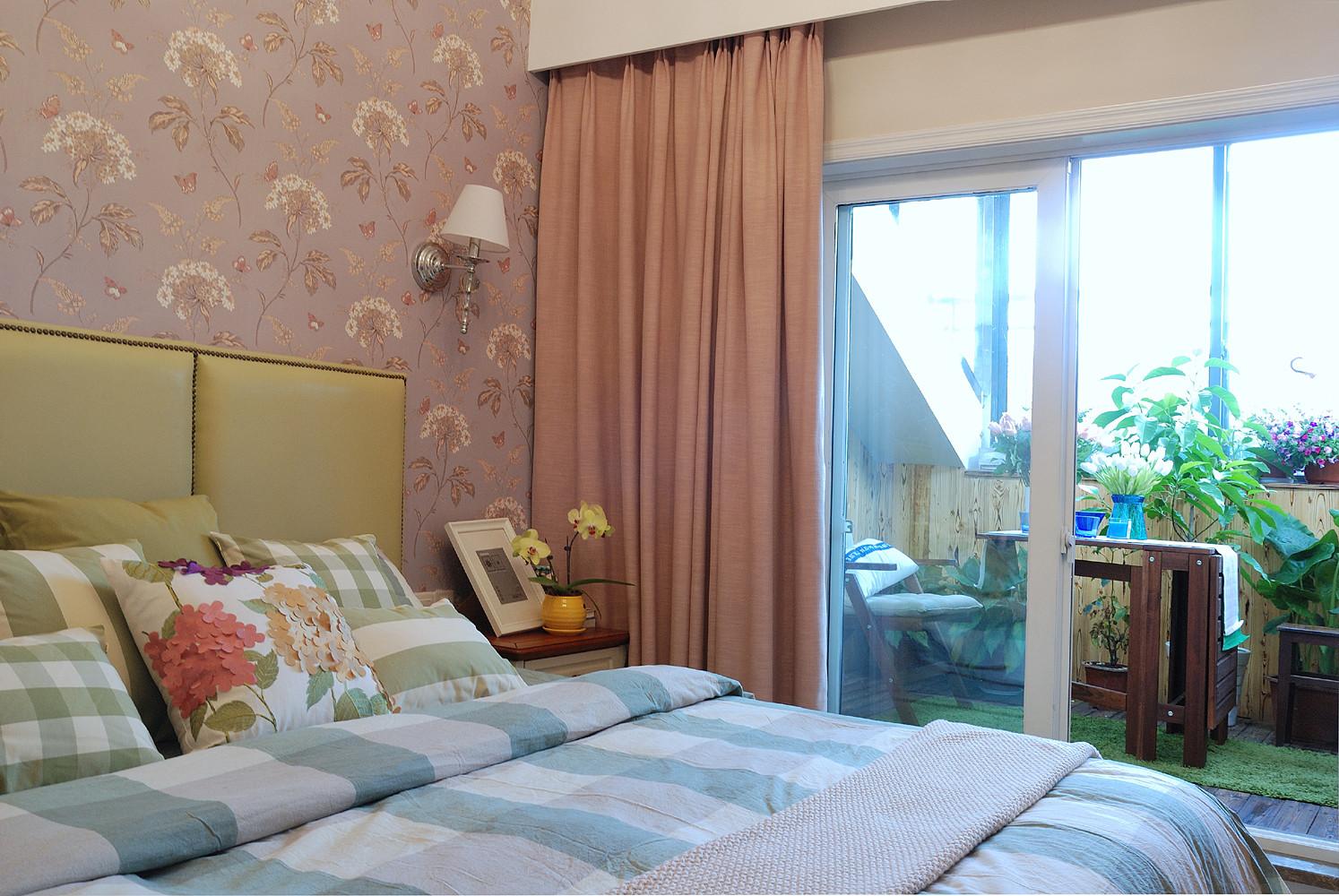 140平复式三居室装修窗帘图片
