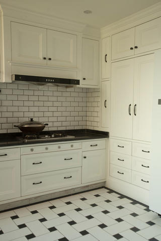 美式乡村三居室装修厨房设计