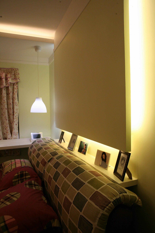简约时尚小户型装修床头墙设计