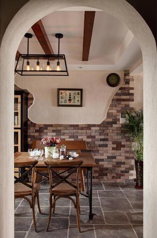 130平混搭风格装修餐厅设计