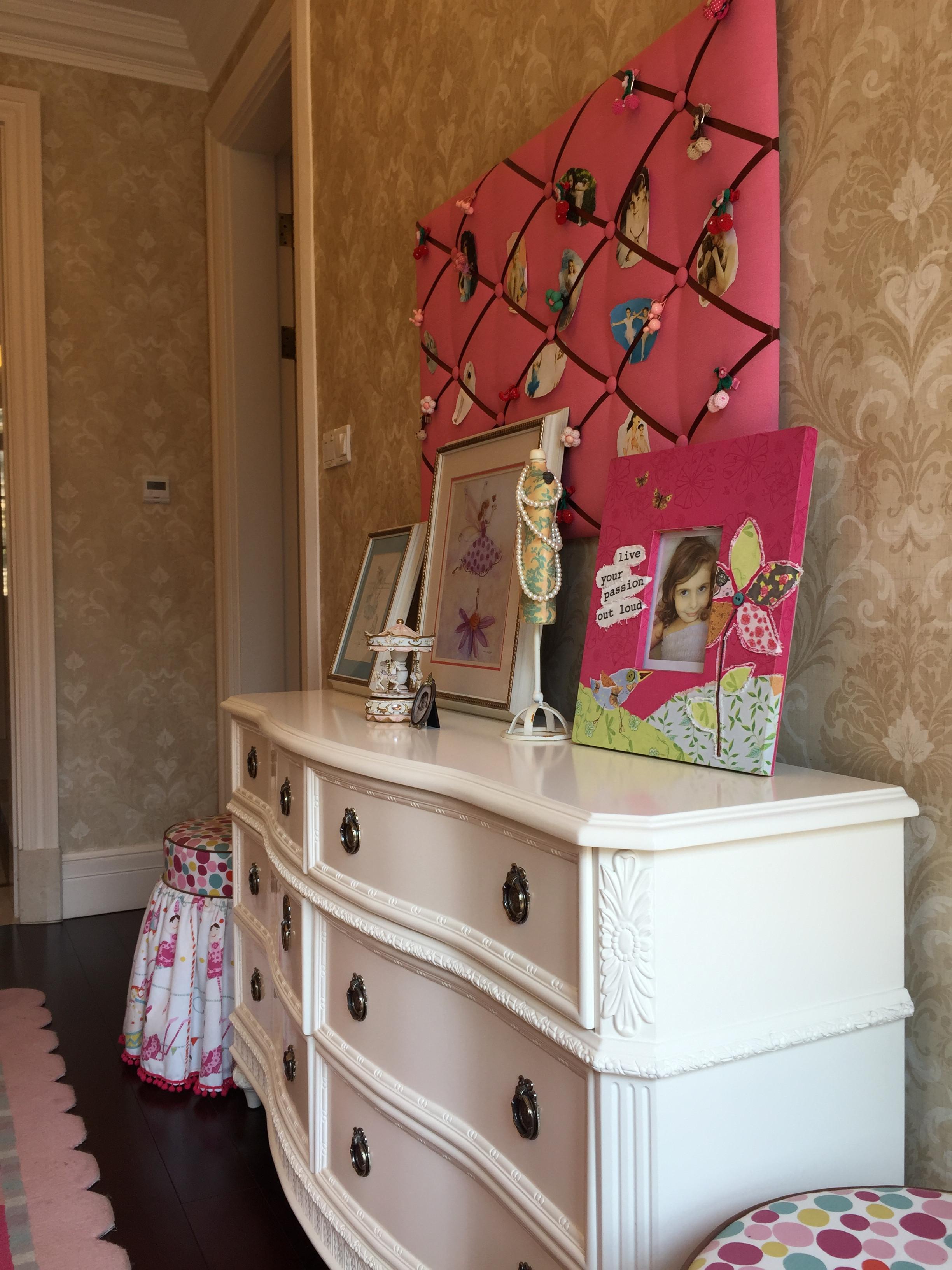 风情美式别墅设计斗柜饰品摆件