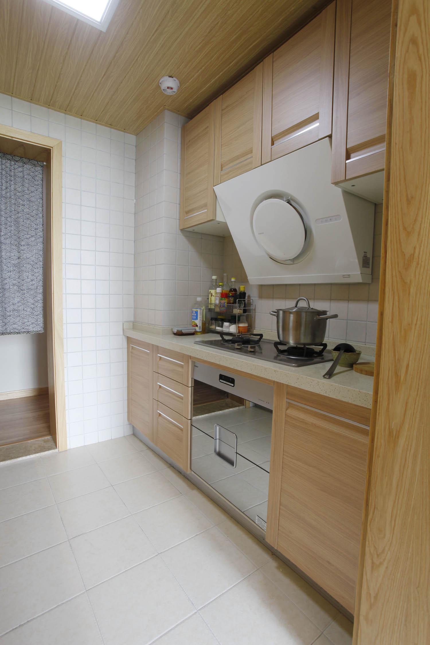日式MUJI风格家橱柜图片