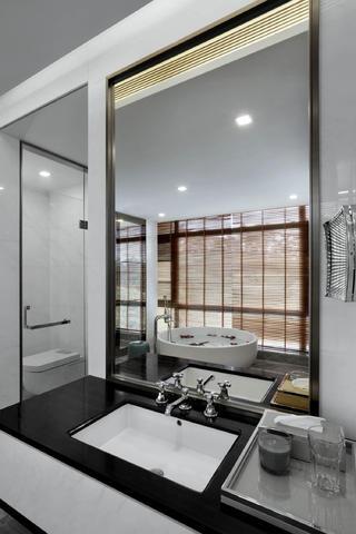 现代别墅装修卫生间效果图