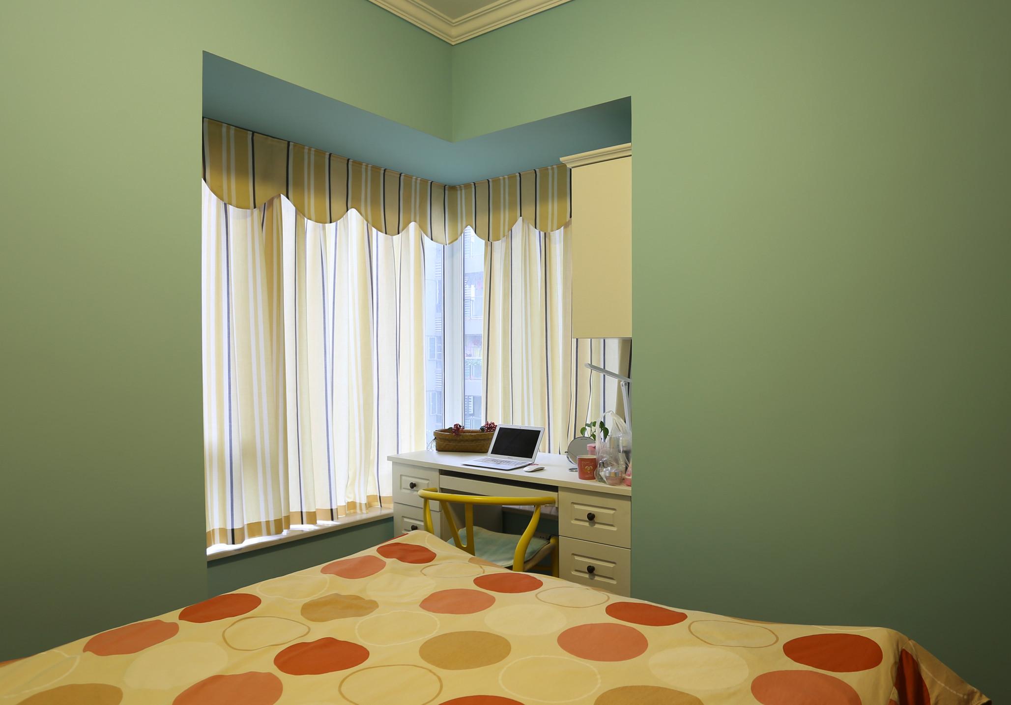 小户型美式风格家飘窗设计