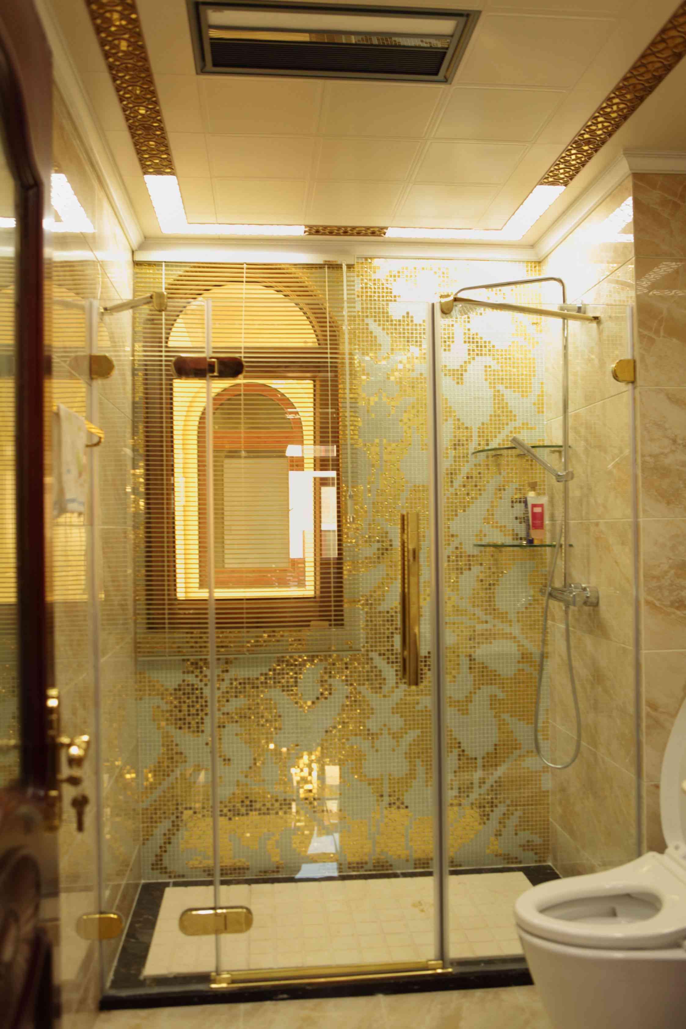 新古典主义风格别墅装修卫生间装潢图
