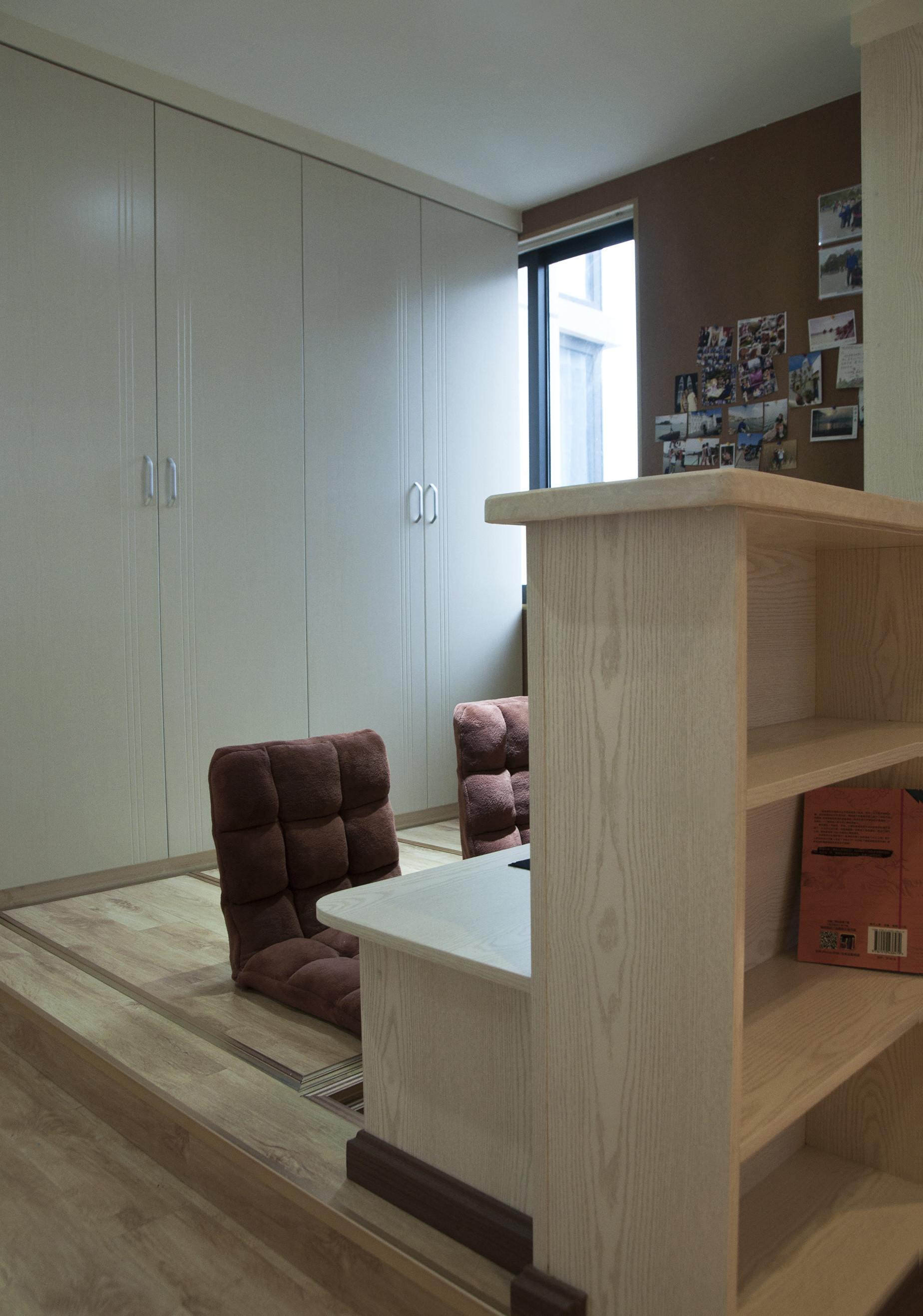 80㎡两居室装修地台设计