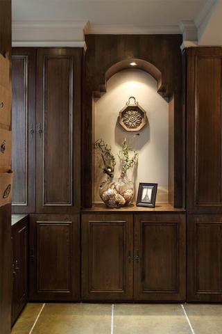 法式二居装修玄关设计