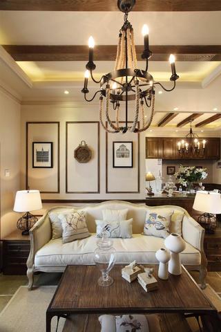 法式二居装修沙发背景墙图片