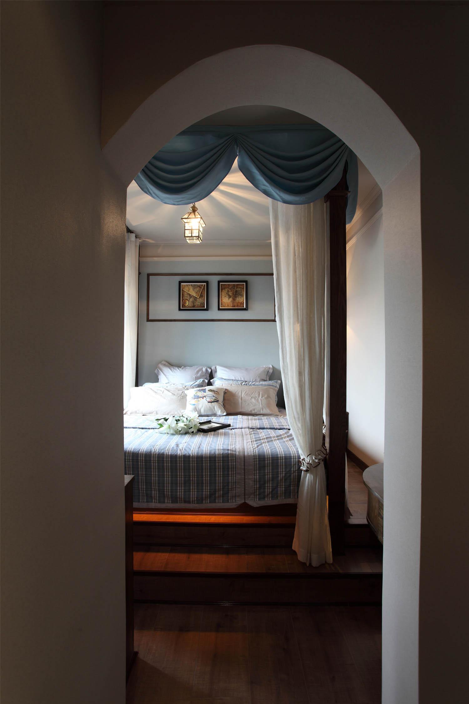 法式二居装修弧形门洞设计