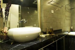 95㎡现代简约两居装修洗手台图片