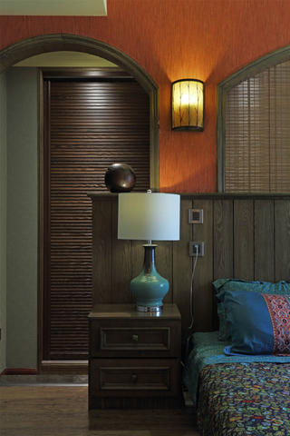 东南亚风格三居台灯图片