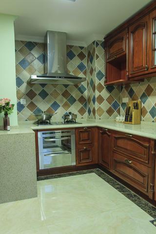 120平美式装修厨房搭配图