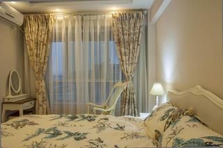 二居室法式风格家卧室布置图