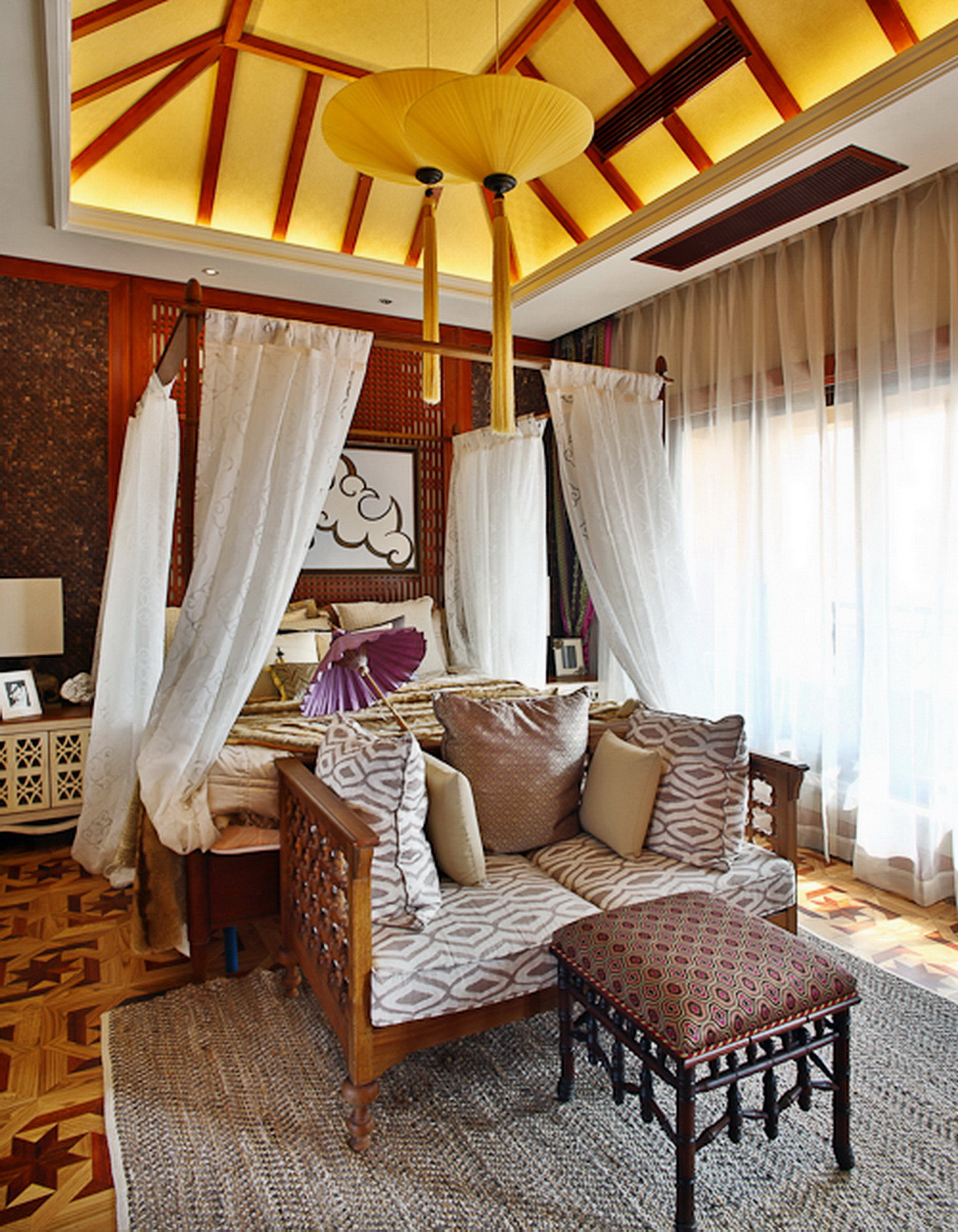 东南亚风格别墅装修卧室设计图