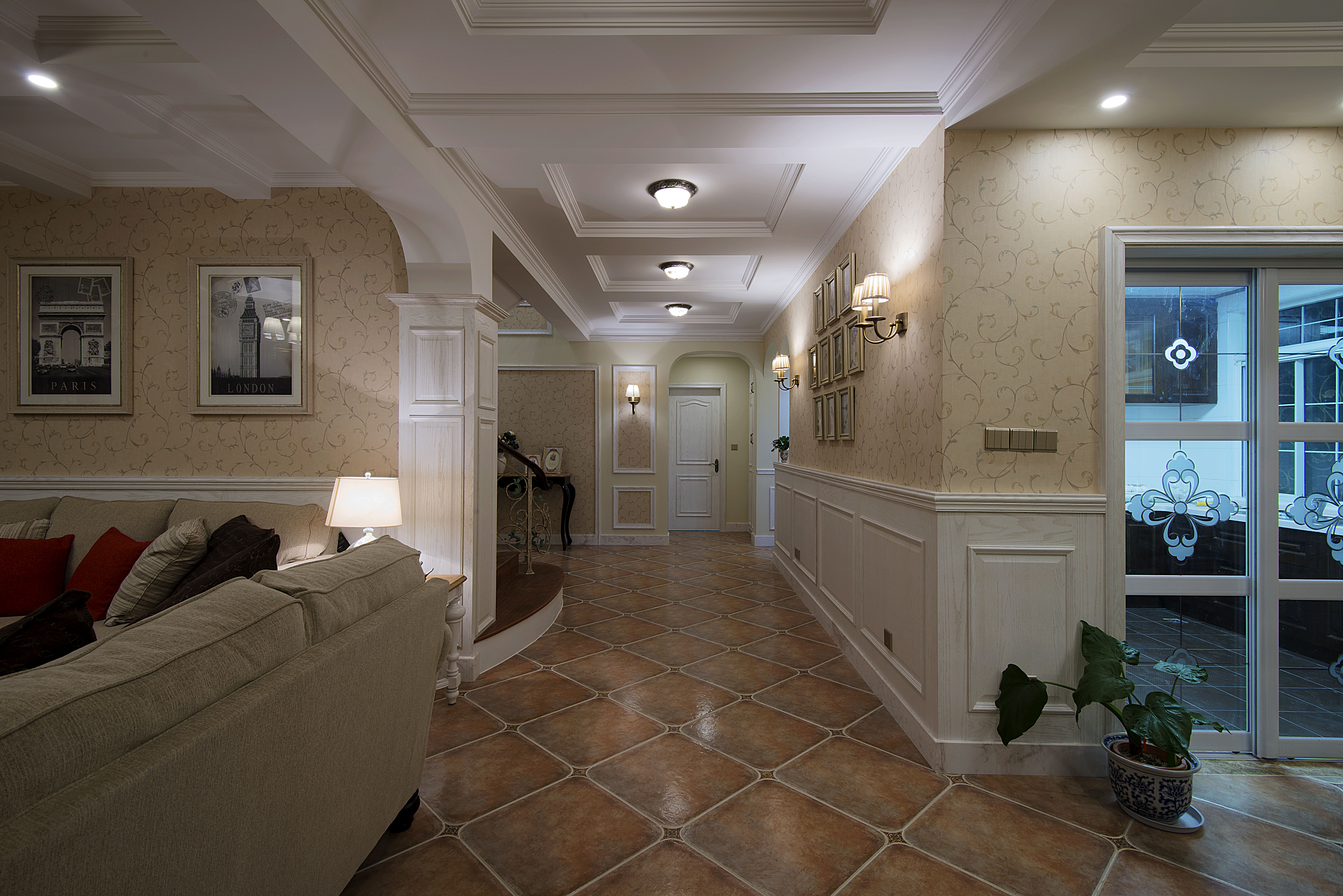 美式风格别墅设计走廊图片