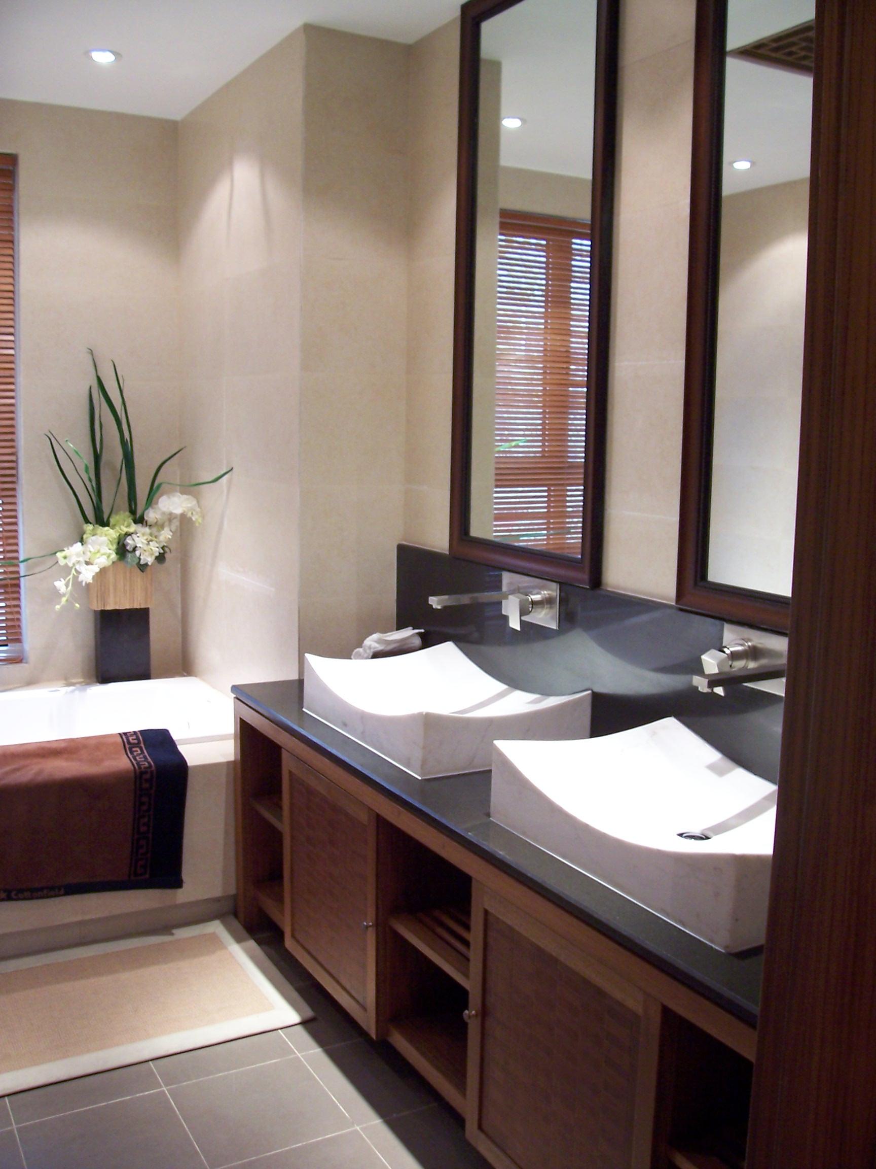 中式轻古典装修卫生间设计图