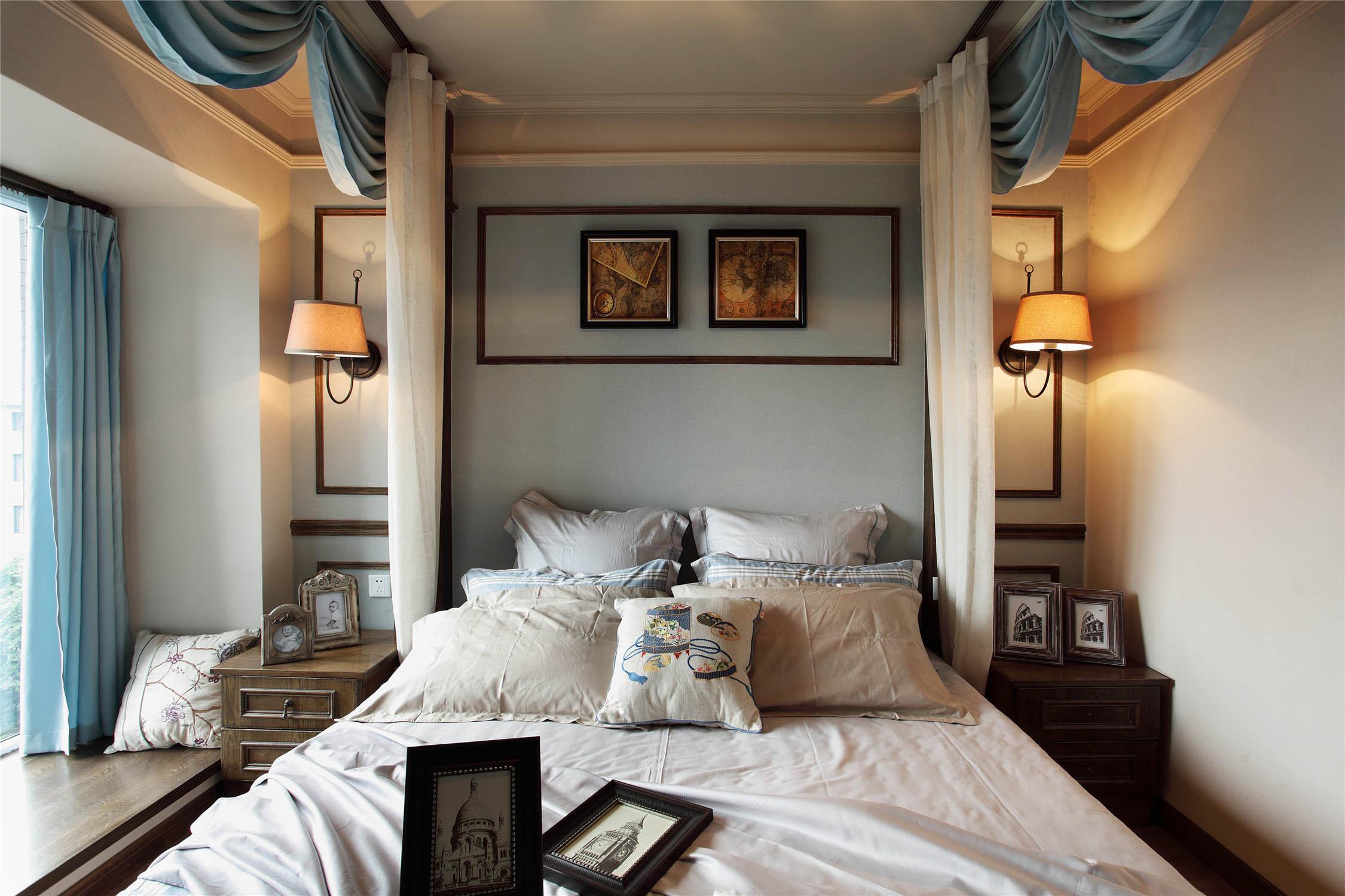 法式二居装修卧室背景墙图片