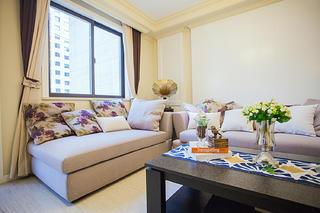 110平简美风格三居装修客厅一角