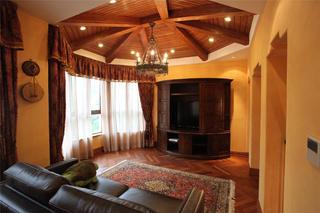 托斯卡纳风格别墅装修电视柜设计