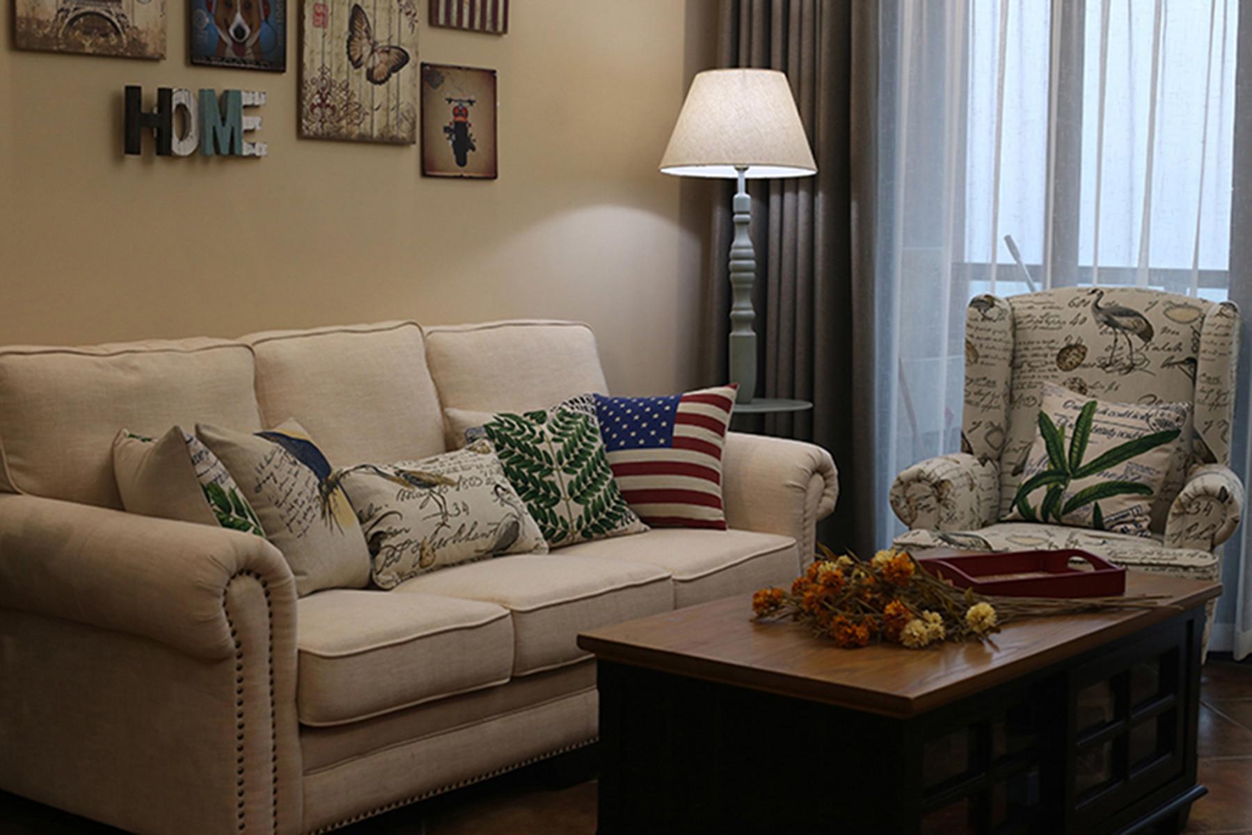 小户型美式风格家客厅布置图