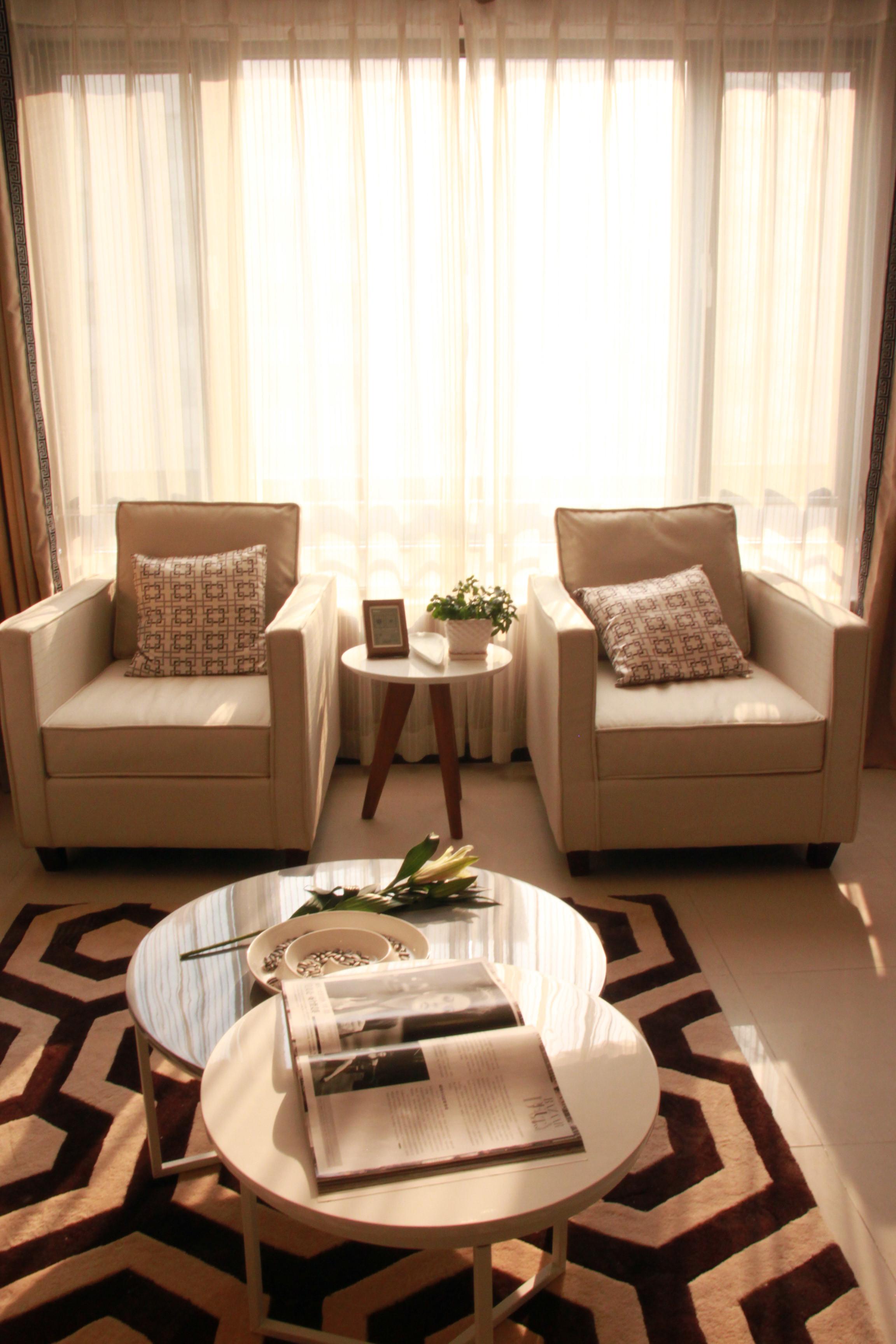 简约小户型一居室装修沙发图片