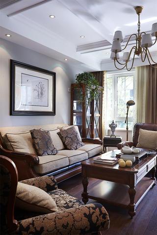 140平美式风格装修客厅一角