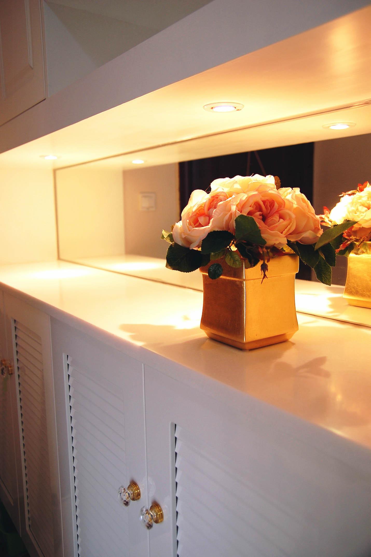 小户型现代简约二居装修鞋柜图片