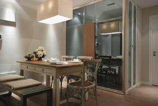 89平美式休闲两居装修餐厅布置图