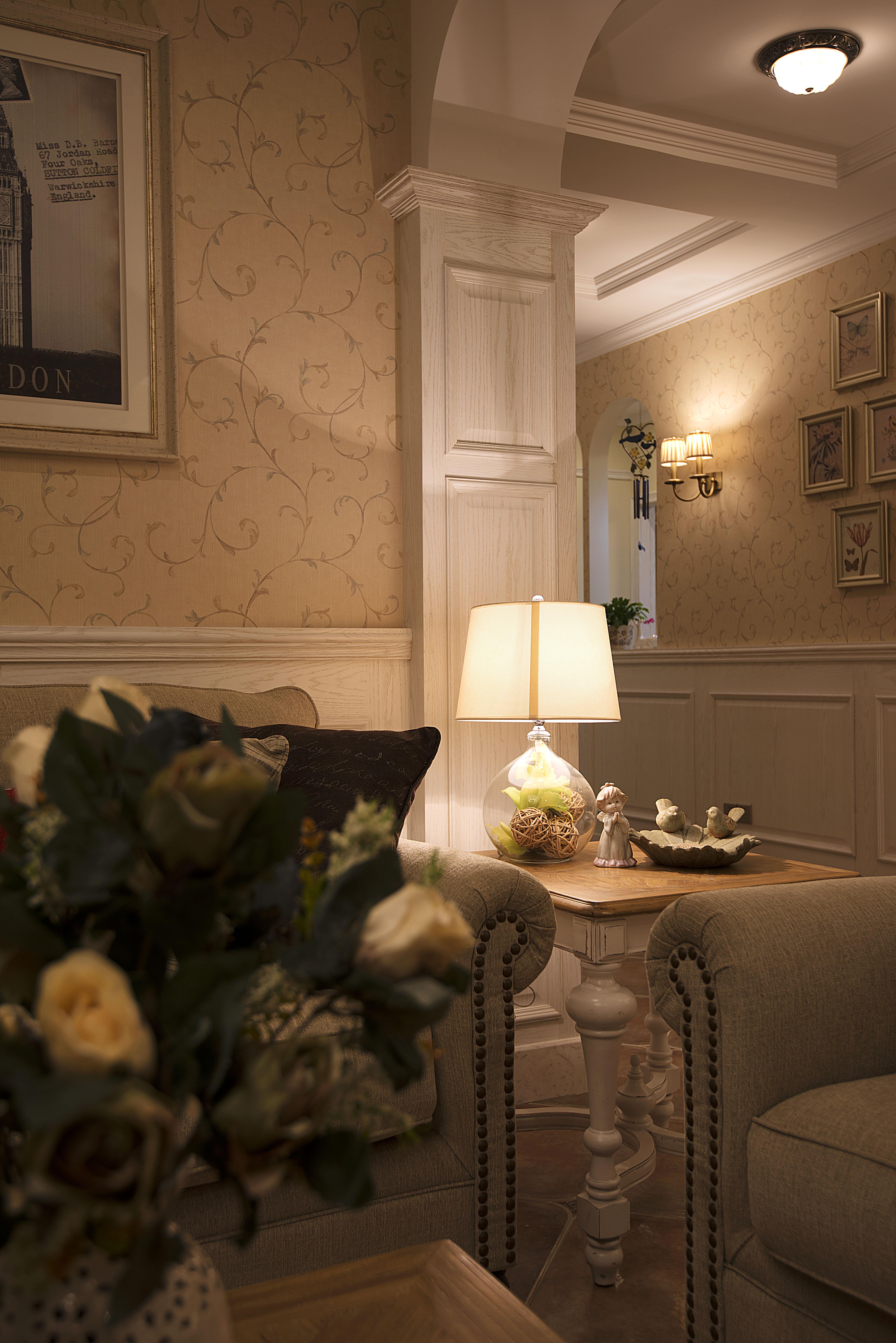 美式风格别墅设计客厅一角
