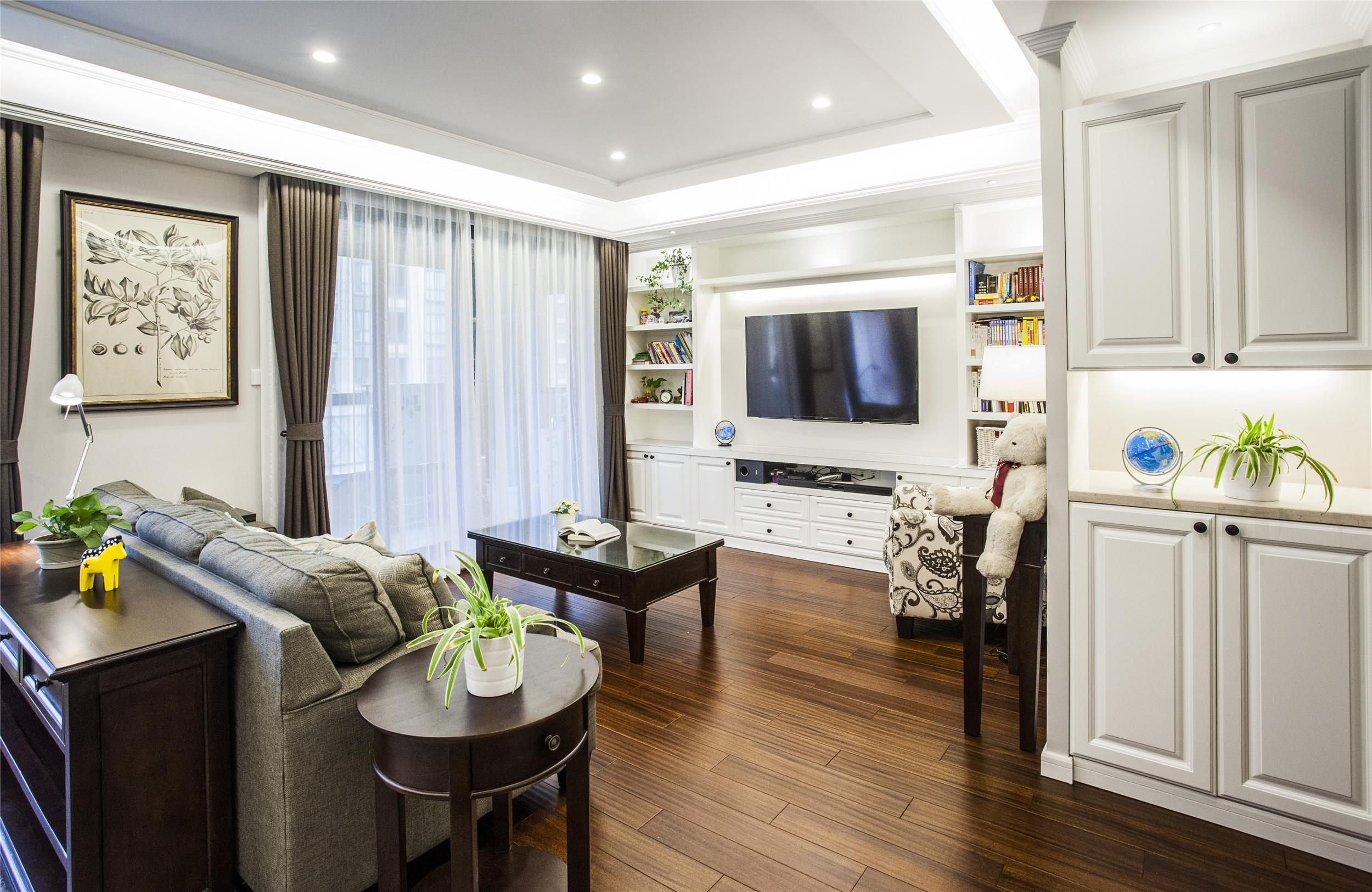 175平美式风格装修客厅设计图