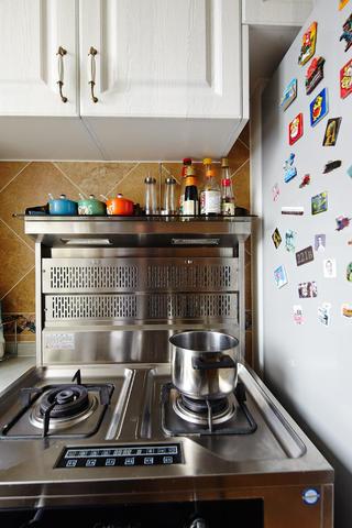 小户型简欧装修厨房一角
