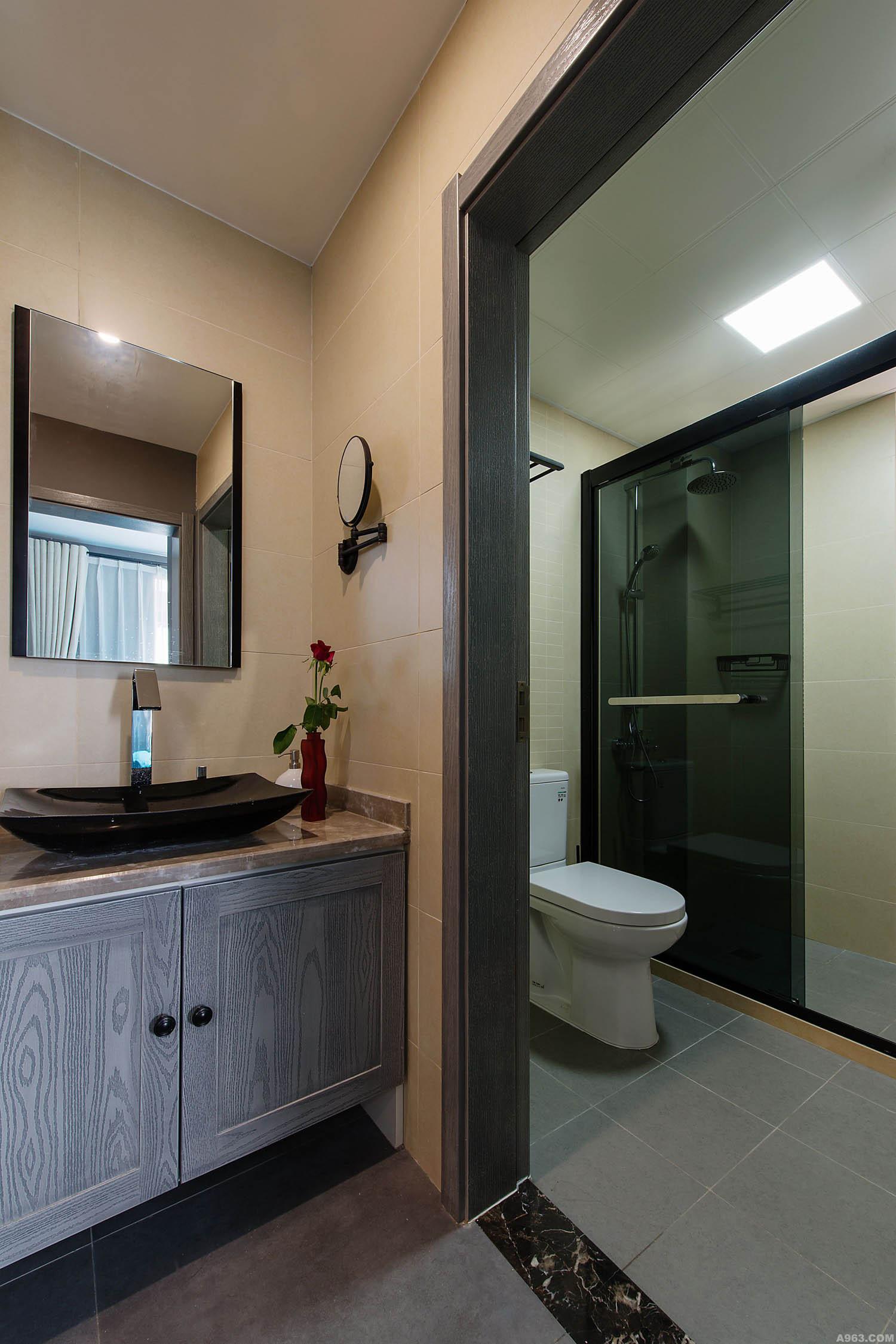 90平混搭装修浴室柜图片