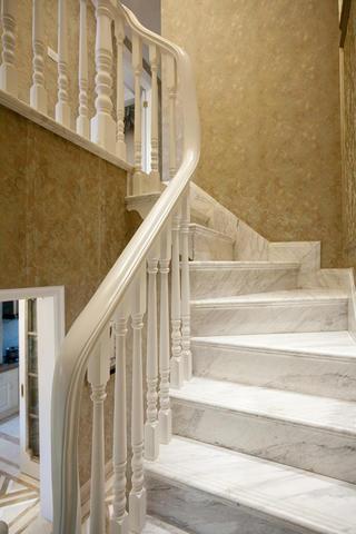 复式欧式样板间装修楼梯设计