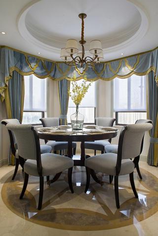 175平法式新古典装餐厅修效果图