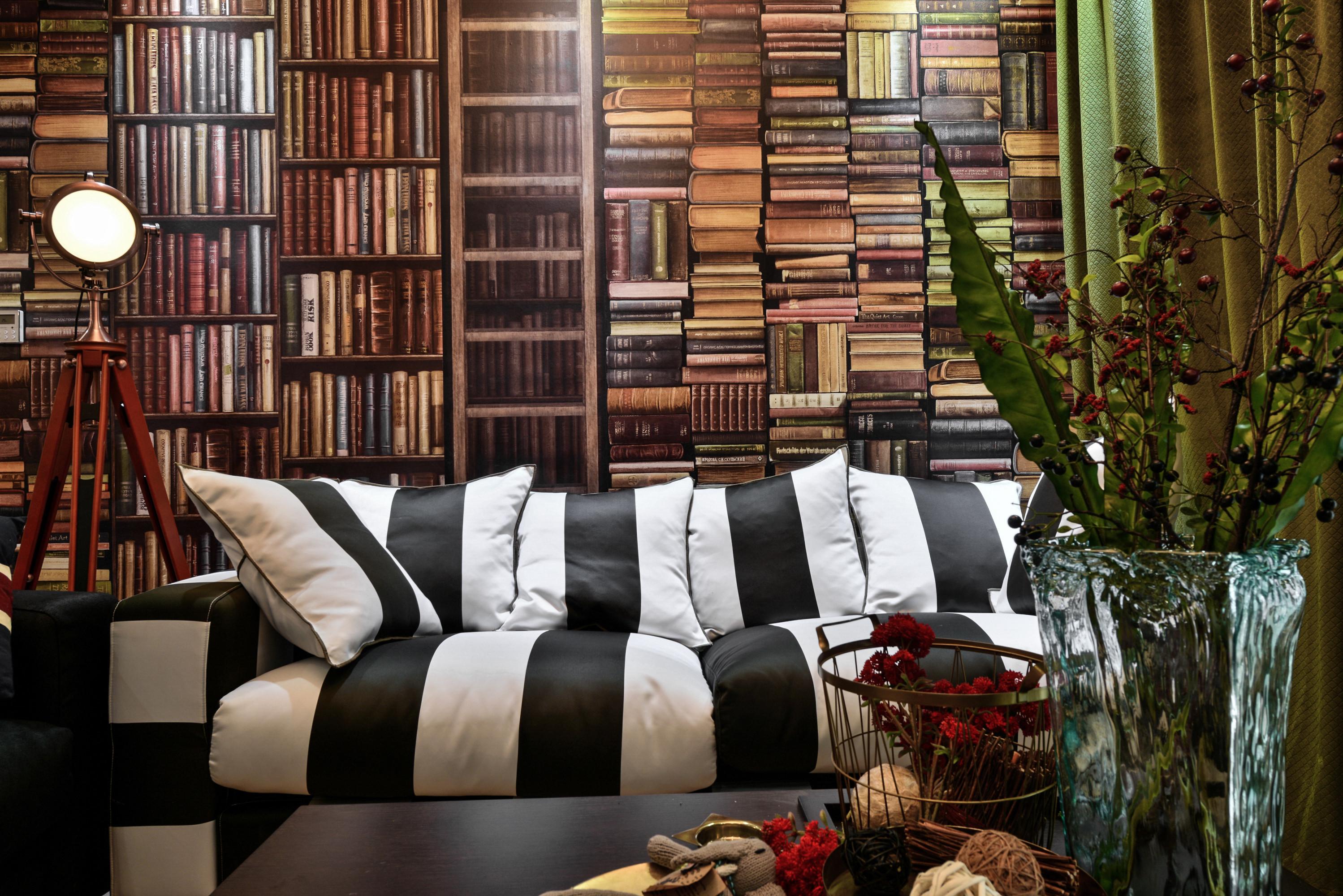 70平二居装修沙发背景墙图片