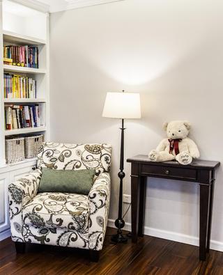 175平美式风格装修书房休闲一角