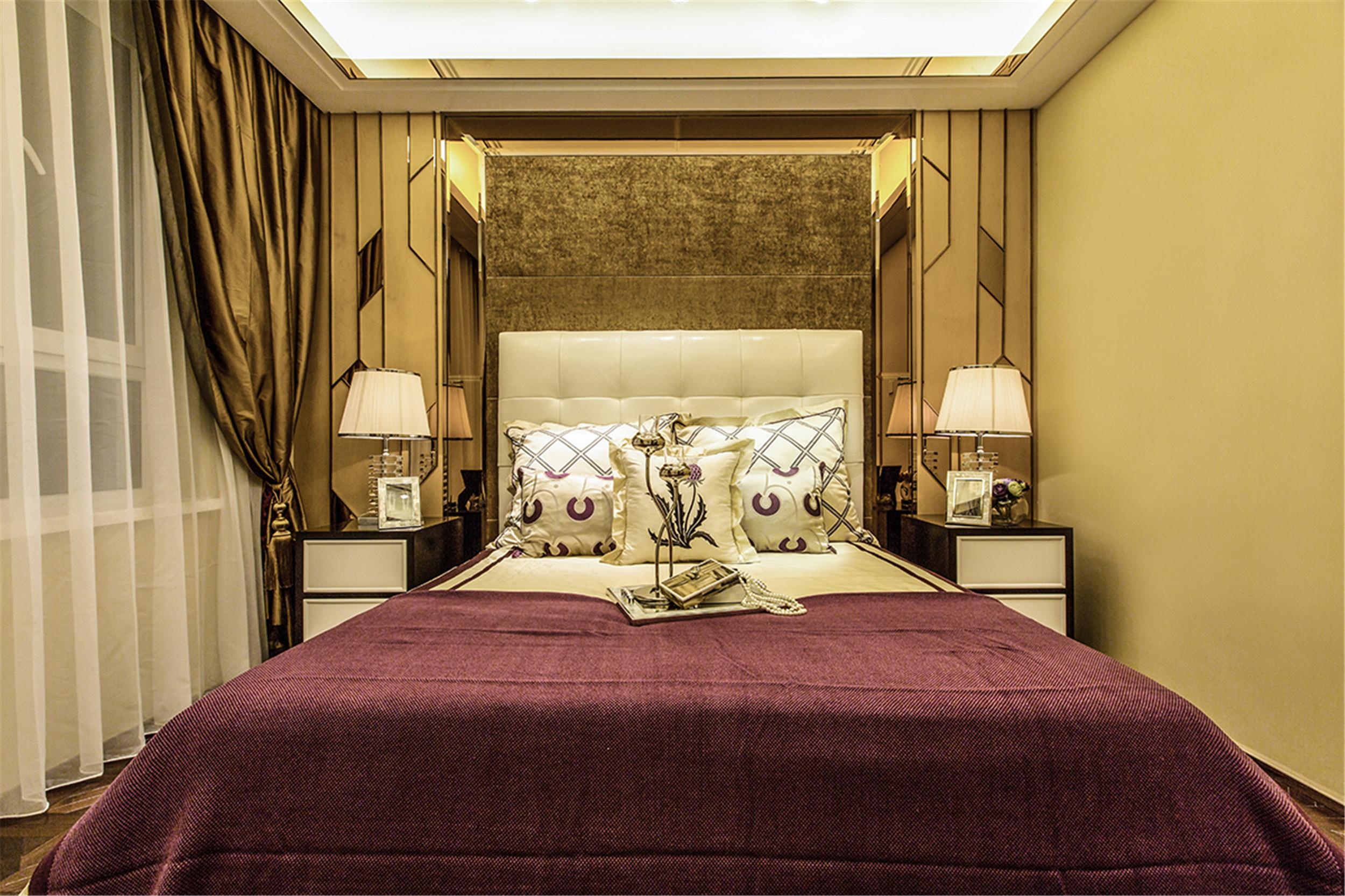 现代奢华装修卧室效果图